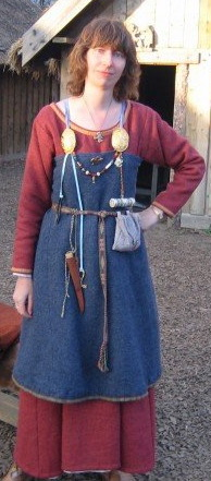 Contemporary viking reenactment female clothing on Pinterest
